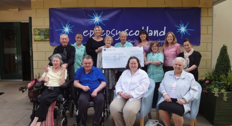 30716_Cheque-presentation-927-Epilepsy-Scotland