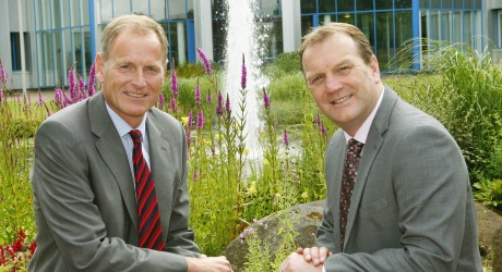 David Young (Thomas & Adamson) with Fraser Black (R) BioCity Scotland