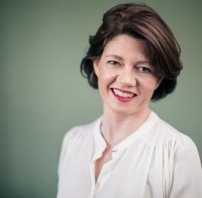 Isabel Davis - Headshot