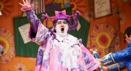 Inverness 01 - Greg Powrie - Cinderella at the Eden Court Theatre 2011