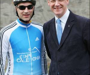 29911_Graeme-Obree-with-John-Swinney-MSP