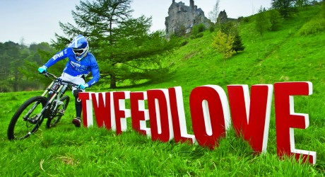 Former Junior World Champion Ruaridh Cunningham helps launch TweedLove 2013. Pic by Ian Linton