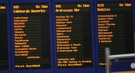 train arrival / departure boards