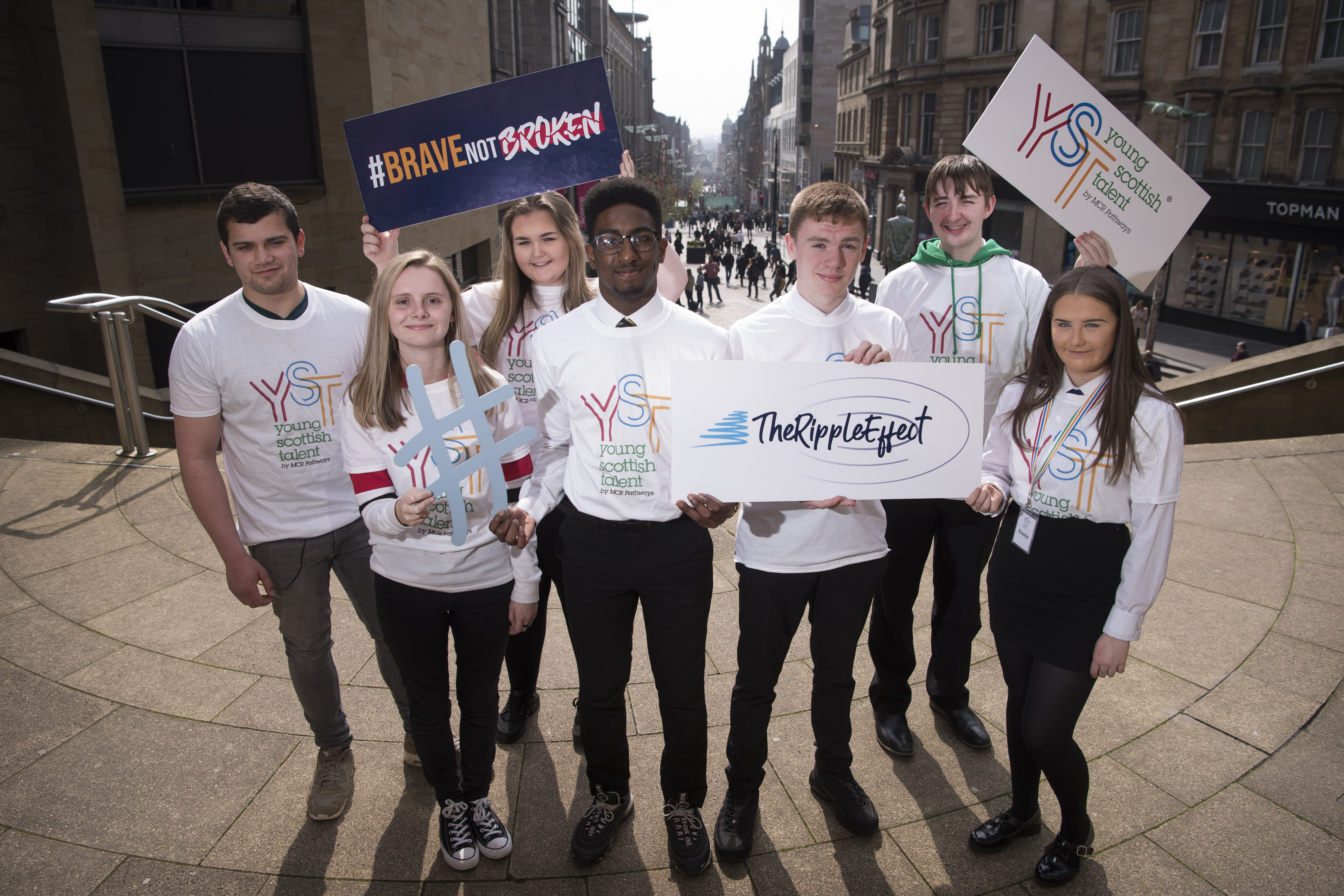 Media release: MCR Pathways to provide 300 disadvantaged young Scots with lifeline internet access