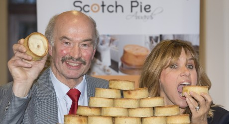 SWNS_SCOTCH_PIE_05