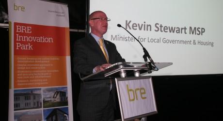 28-9-16-housing-minister