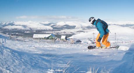 SkiScotland_NevisRange_21090202__SMK_008