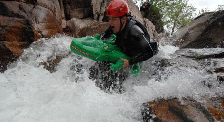 28238_Nevis-Raft-Race06