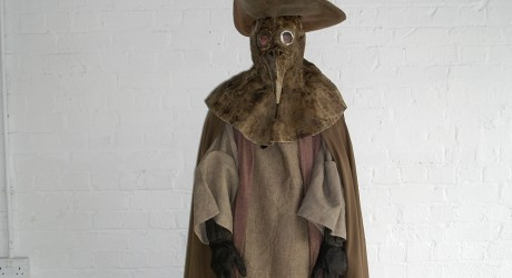 29415_Frank-To-dressed-as-a-mediaeval-plague-doctor