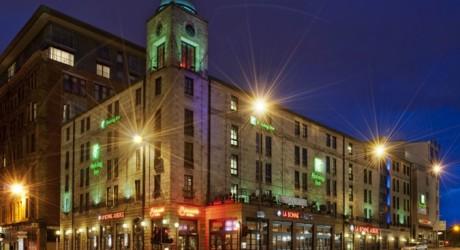 HI Glasgow Theatreland exterior night allmedia