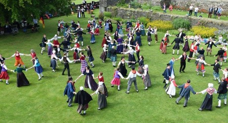 Mixed Groups at Stirling Castle resized