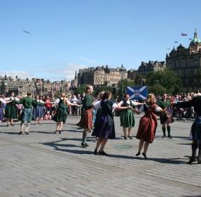 Scottish Dancers at the Mound
