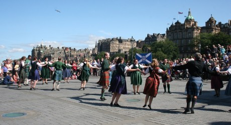 Scottish Dancers at the Mound