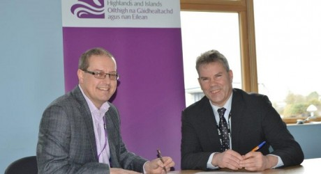 DSRL signs partnership agreement with North Highland College UHI and University of the Highlands and Islands_resize