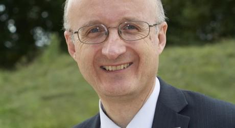 Prof Neil Simco